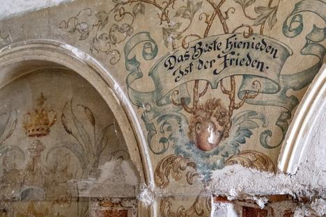 Malereien machen Görlitzer Landratsamt noch teurer
