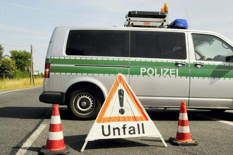 Hoher Sachschaden bei Unfall auf der A4