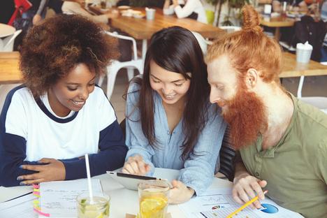 Vielfalt schätzen: Diversität im Beruf