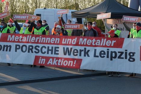 Warnstreik im Leipziger Porsche-Werk