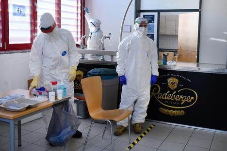Deutschland & Welt: Corona in Sachsen: Mehr neue Fälle als vor einer Woche