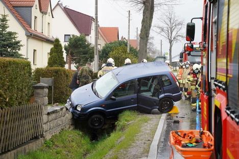 Bautzen: Bautzen: VW schiebt Ford von der Straße