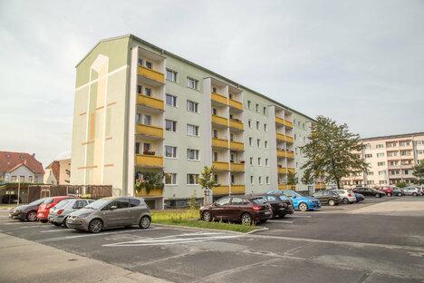 Wohnungen bekommen neue Balkone