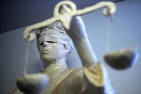 Altenberg: Prügelnde Ehefrau reißt Mann Haare aus
