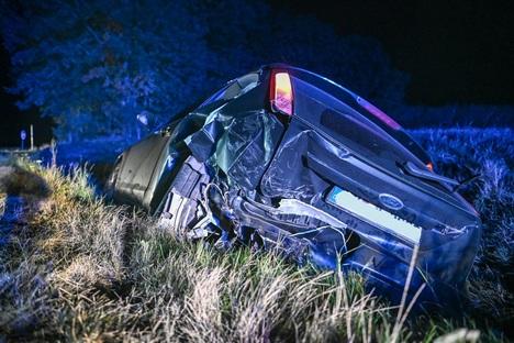 Zwei Autofahrer bei Unfall auf B6 verletzt