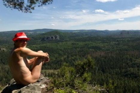 Pirna: Nackt durch die Sächsische Schweiz