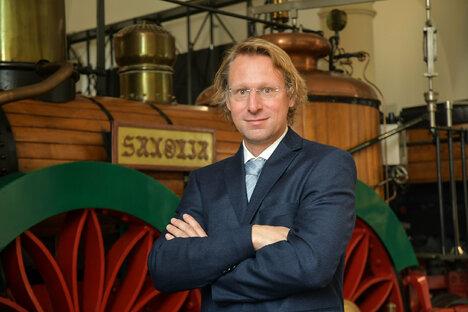 Feuilleton: Von alten Dampfloks und Ferkeltaxen