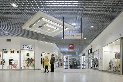 Polen macht Einkaufszentren wieder auf