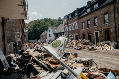 Deutschland & Welt: Hilfe aus Sachsen, damit alles bald wieder fertig ist