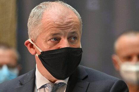 Politik: Tschechien: Gesundheitsminister vor Aus