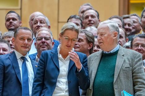 Neue AfD-Fraktion verliert ersten Abgeordneten
