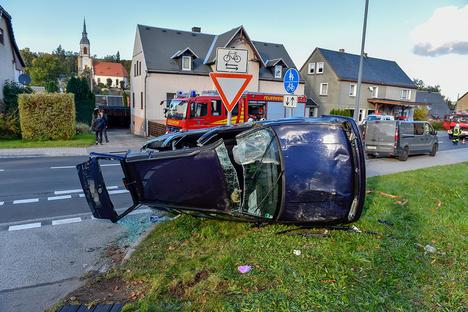 B98: Schwerer Unfall in Wehrsdorf