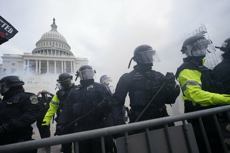 Polizist stirbt nach Krawallen am Kapitol