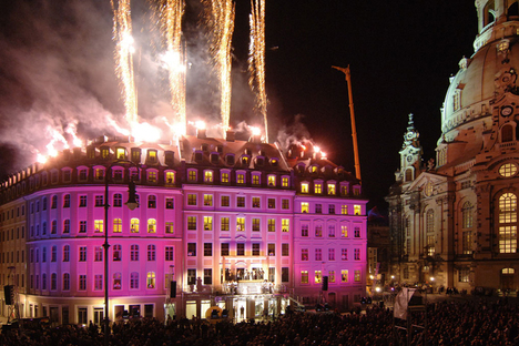 QF feiert - und macht den Dresdnern Geschenke
