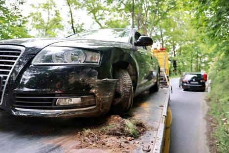 B172 nach Unfall stundenlang gesperrt