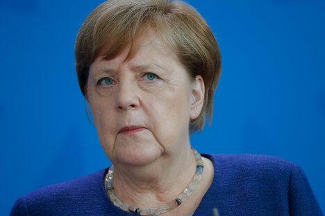 Merkel verteidigt Corona-Einschränkungen