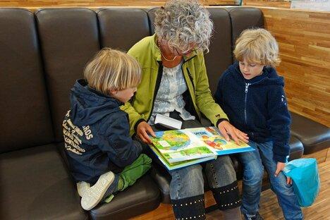 Neukirch: Bibliothek unterstützt Leseanfänger