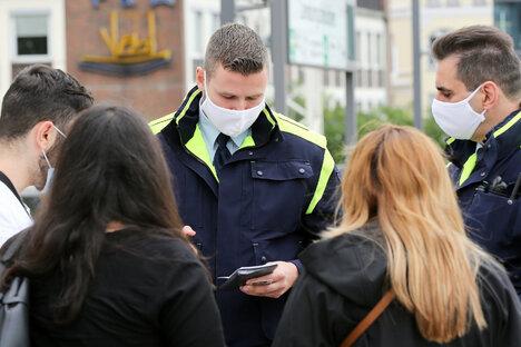 36.000 Euro: Landkreis verhängt Corona-Bußgeldbescheide