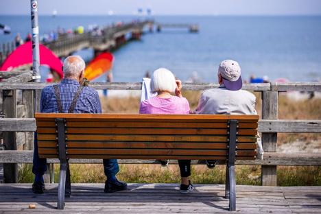 Politik: Experte warnt vor Finanzschock im Rentensystem