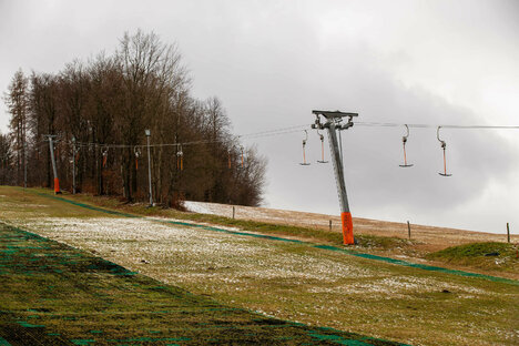 Der erste Skilift öffnet