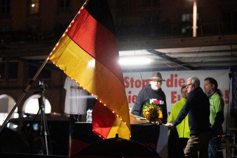 Dresden: Pegida sagt Adventslieder-Singen ab