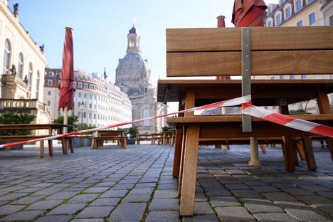 Sachsen: Mehrheit der Sachsen will harte Corona-Notbremse