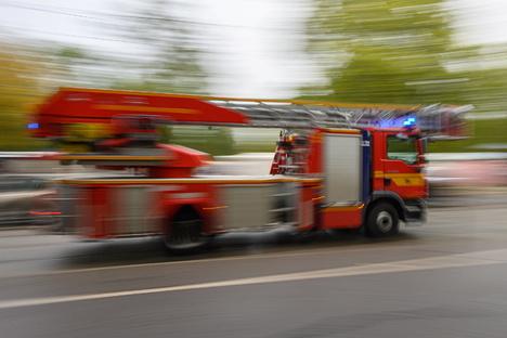 Wieder Einrichtung auf Dresdner Balkon in Flammen