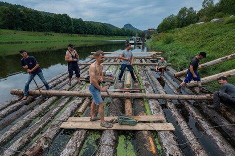 Sachsen: Mit Leidenschaft für Wasser, Holz und Traditionen