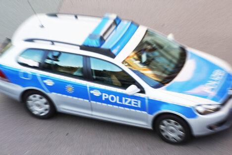 VW kollidiert auf A4 mit Mercedes