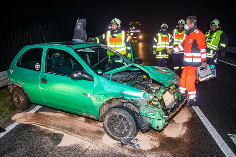 Mehrere Unfälle auf glatten Straßen