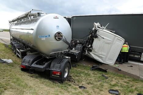 59-Jähriger stirbt im Milchlaster auf A4