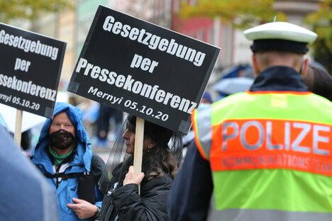 """Politik: Daten von tausenden """"Querdenkern"""" geleaked"""