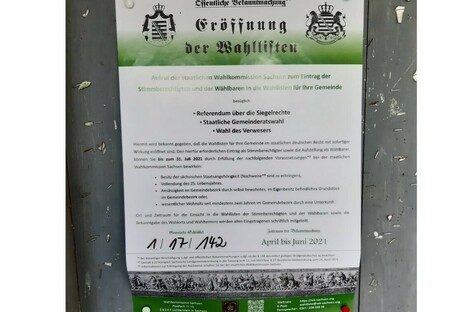 Löbau: Plakatieren Reichsbürger in Löbau?