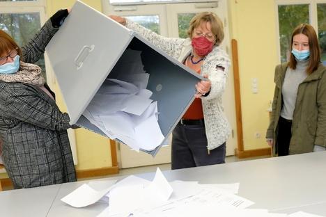 Riesa: Behörden rechnen am Wahltag mit Masken-Störern