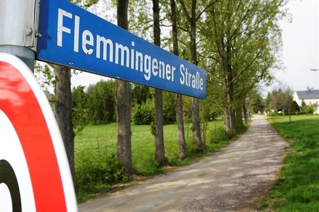 Geld für die Flemmingener Straße   Sächsische.de