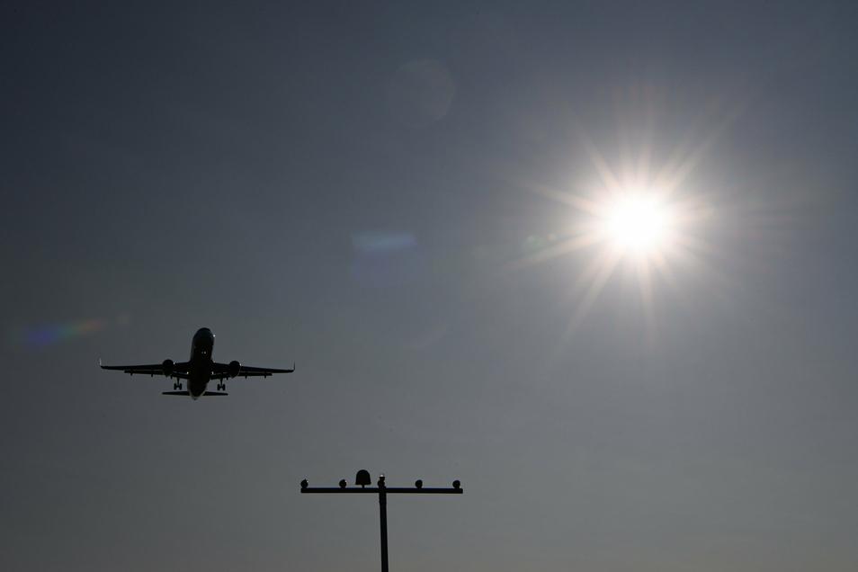 Airbus will künftig klimafreundlichere Flugzeuge bauen, mit Wasserstoff angetrieben.