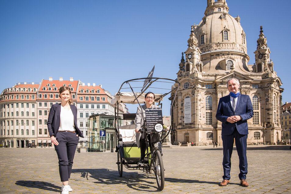 Sie hoffen auf Spenden für die Kulturschaffenden der Stadt: Friederike Wachtel, Claudia Hoffmann und Minister Thomas Schmidt (v.l.).