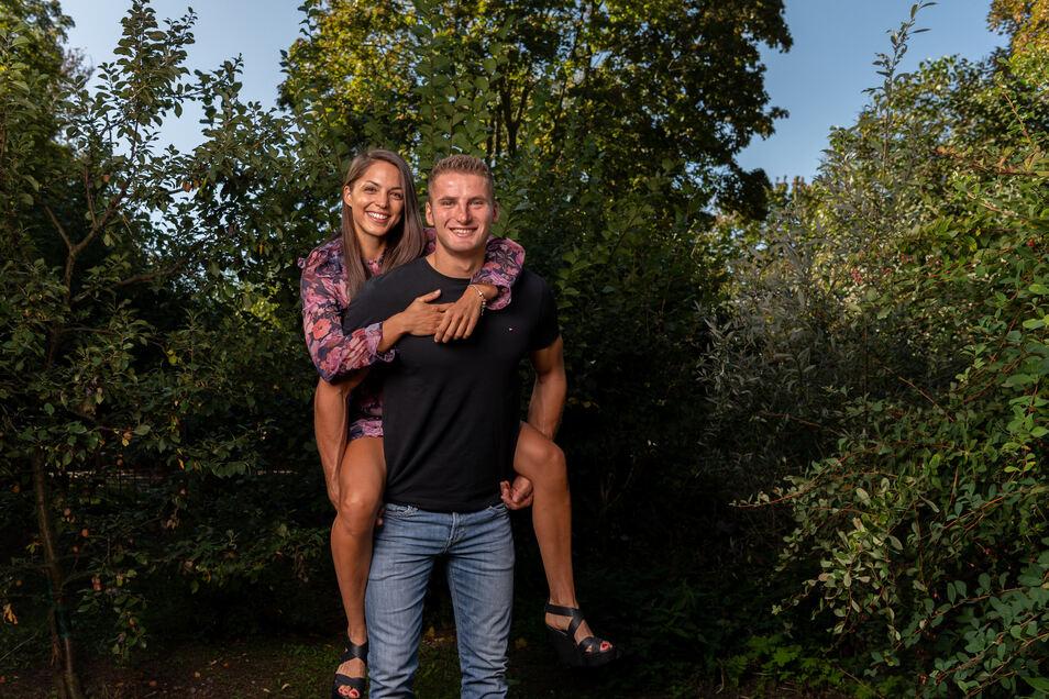 Ein internationales Paar mit außergewöhnlicher Geschichte: Kanu-Olympiasieger Tom Liebscher und seine ungarische Partnerin Dóra Lucz. Die Fotos entstanden im vorigen Herbst. Da wussten sie bereits, wann sie sich wiedersehen. Das ist nun völlig offen.