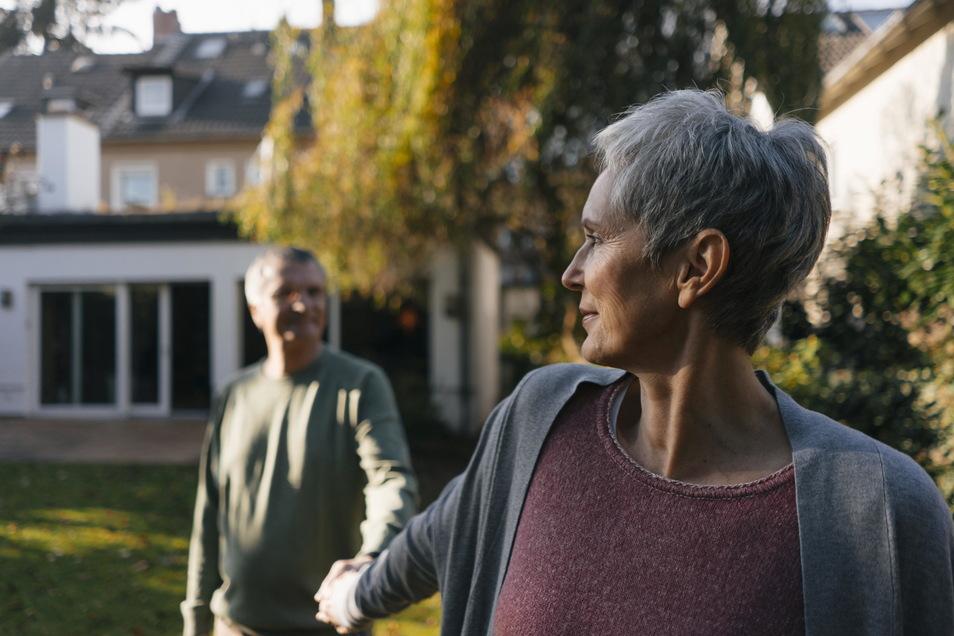 Bye bye nach gemeinsamen Jahrzehnten. Mehr als ein Drittel aller Ehen endet mit der Scheidung.