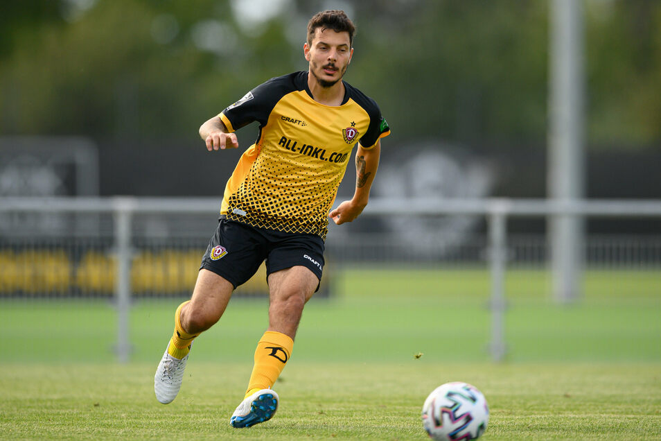 Philipp Hosiner hat in der Vorbereitung nicht getroffen und den Konkurrenzkampf gegen Christoph Dafener erst mal verloren. Am Sonntag könnten sie gemeinsam für Dynamo stürmen - zumindest zeitweise.