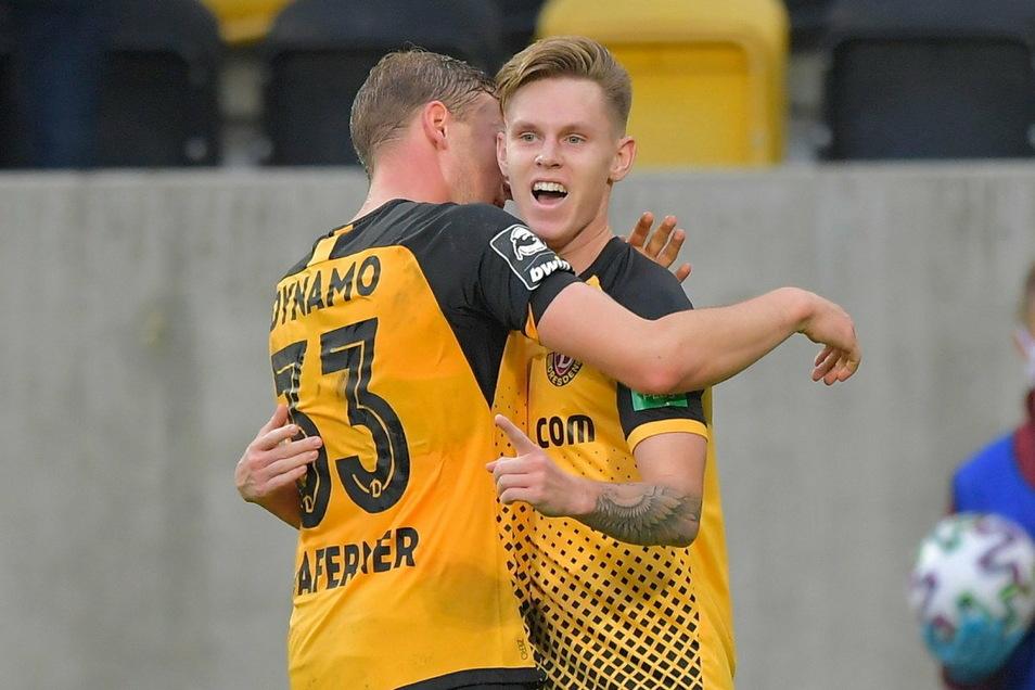 Julius Kade (r.), der hier mit Christoph Daferner seinen Treffer gegen Meppen bejubelt, wird wohl gegen Uerdingen in die Startelf rücken.