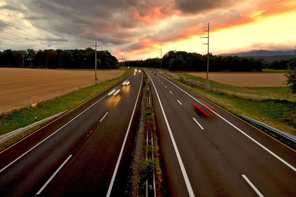 Auch Autofahrer und Heizölverbraucher können gleichzeitig auch etwas für die Umwelt tun.