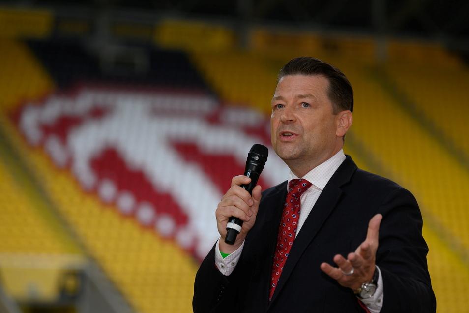 Holger Scholze bleibt Präsident von Dynamo - obwohl er nicht die meisten Stimmen erhalten hat.