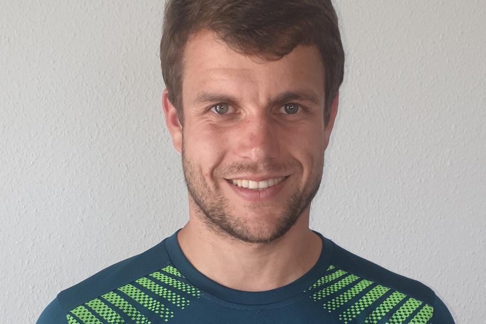 Der gebürtige Dresdner Enrico Kuntke übernimmt im Sommer die Landesliga-Fußballer aus Neusalza-Spremberg. Dann läuft sein Trainer-Vertrag beim LSV Neustadt/Spree aus.