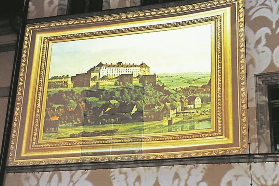 Canaletto-Markt mit Canaletto-Bild: Ein Gemälde wird ans Rathaus projiziert.