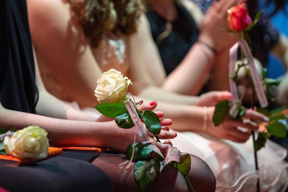 Die Jugendweihe für die Schüler der Oberschule Am Holländer war für den 9. Mai geplant. Dann kam Corona dazwischen. Jetzt sollen die Feiern nachgeholt werden. Was sagen die Eltern dazu?