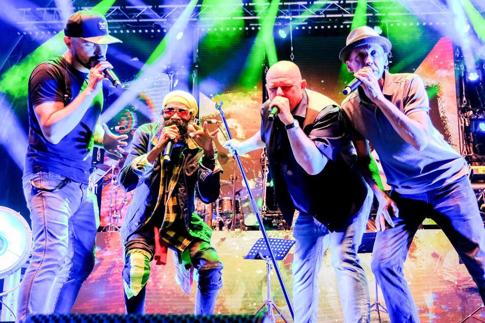 Vier Stunden Livemusik von vier Bands: Trotz Publikumsmagnet Söhne Mannheims besuchen nur knapp 1.000 Gäste das Benefizkonzert in Moritzburg.