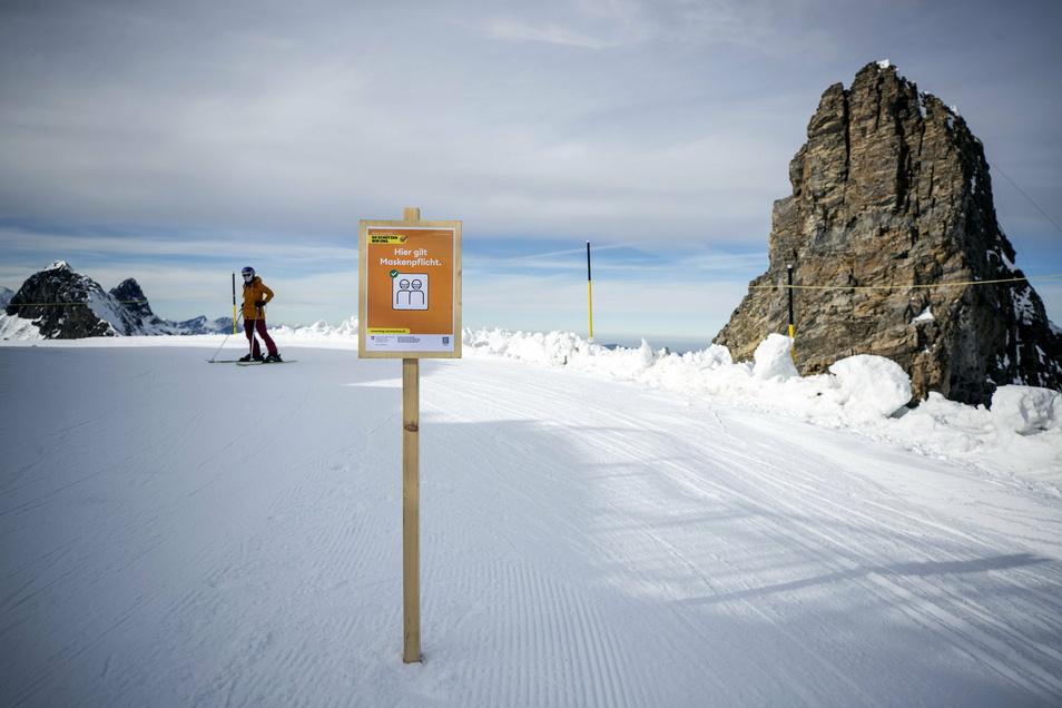 In den Skigebieten gilt schon jetzt die Maskenpflicht
