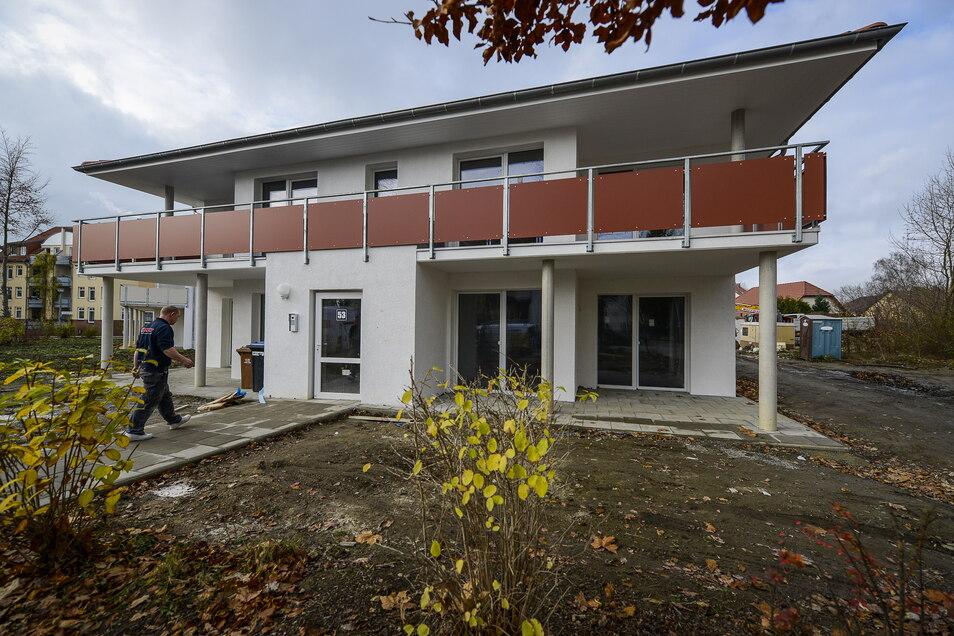 Das ist eines der schon vorhandenen Häuser beim Mehrgenerationenwohnen am Diesterwegplatz in Görlitz-Rauschwalde.