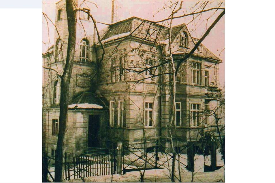 Das Foto unten das einstige Haus der Diakonissen auf dem Pfaffendorfer Weg.